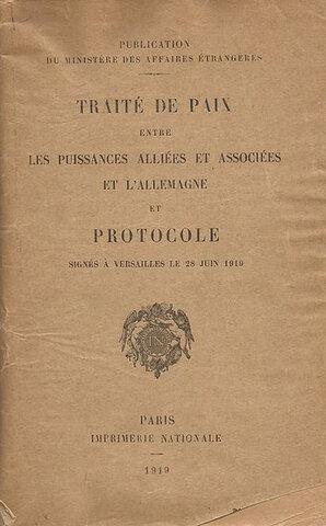 Se firma él tratado de Versalles.