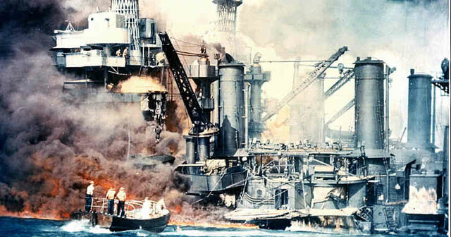 Japón bombardeo la base Pearl Harbor.