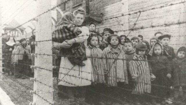 Liberación y conocimiento del holocausto judío.