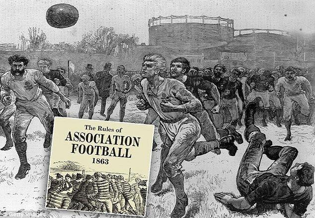 Se disputa el primer partido oficial