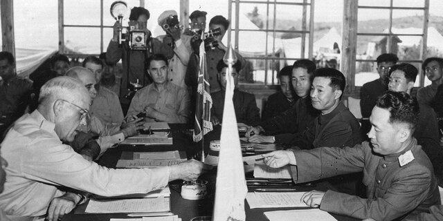 Termina la Guerra de Corea.