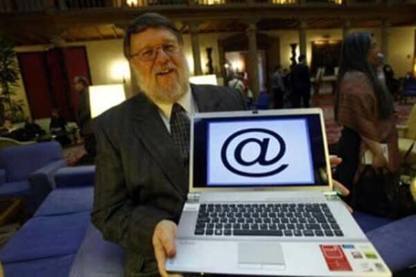 Aparece el correo electrónico