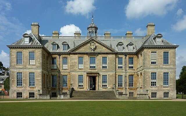 English restoration famous architecture