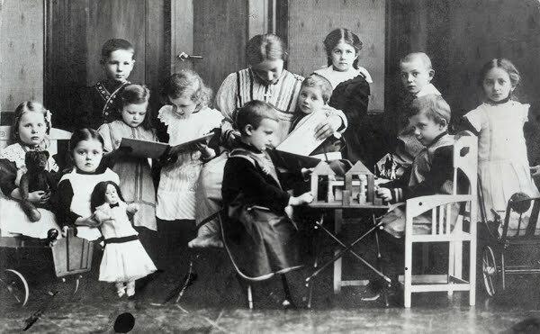 Concepto de Infancia- Kindergarten
