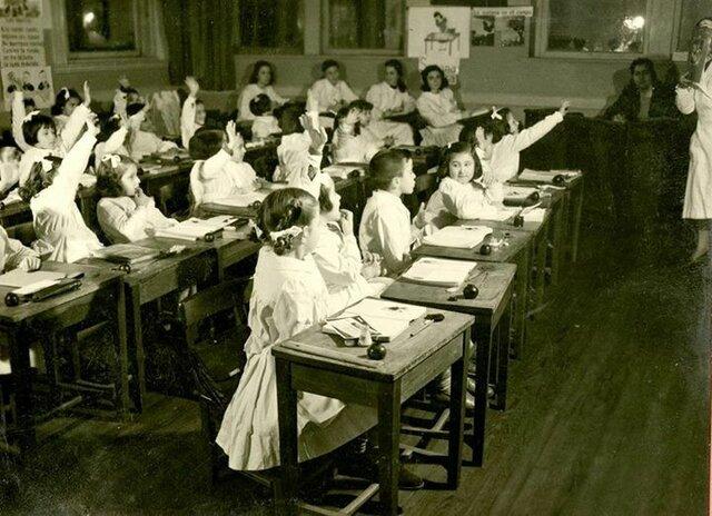 Rol de la escuela a mediados del S.XX