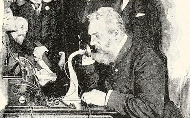 Patentan el primer telefono