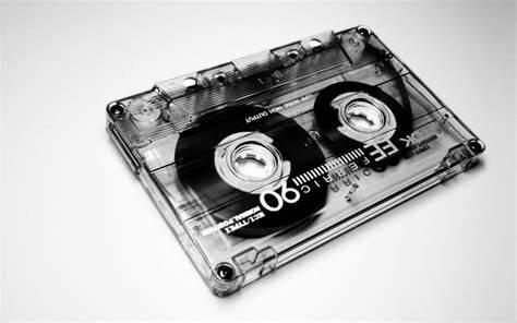 Audio casetes y Videocasetes.