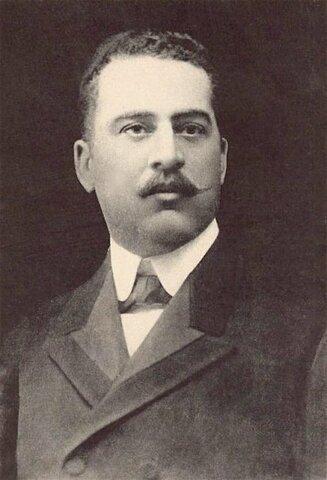 Carlos Morales Presidente