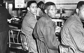 Des établissements interdissent les Noirs (document 1)