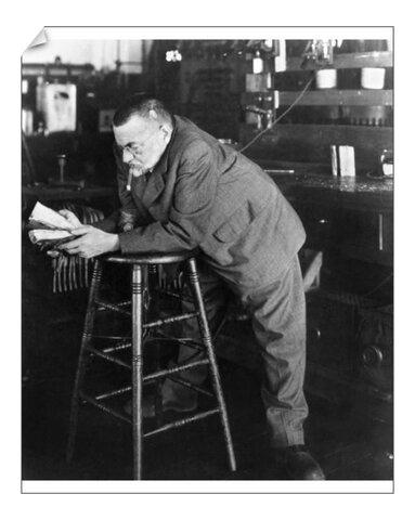 Steinmetz comenzó a trabajar como ingeniero consultor de General Electric