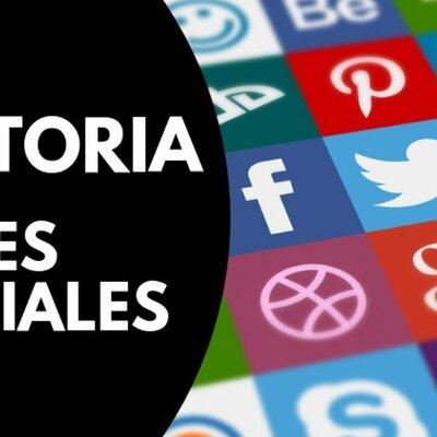 EVOLUCIÓN DEL INTERNET Y LAS REDES SOCIALES  timeline
