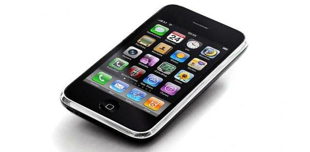 Se crea el primer IPhone