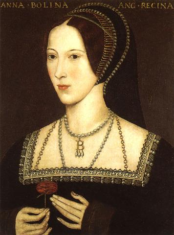 Anne Boleyn is beheaded