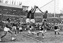 primeros juegos de voleibol