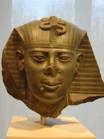Egipto es conquistado por Persia