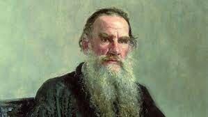 León Tolstoi (1828-1910) es señalado por la historia del pacifismo como el personaje que intuyó y empezó a construir el puente entre el pacifismo histórico y la no-violencia contemporánea