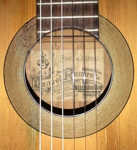 Guitarra española o criolla