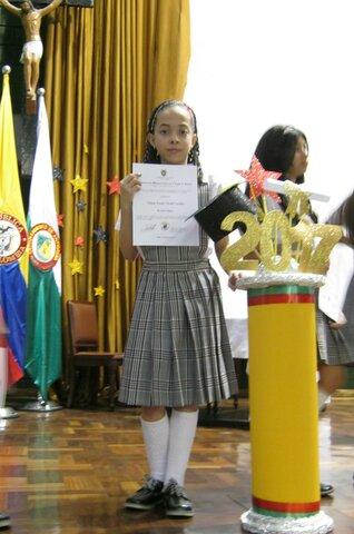 I finished elementary school.