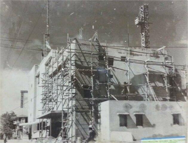Se inicia construcción del edificio de La Voz Dominicana.