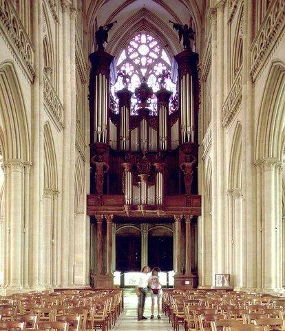 El órgano de la catedral de Coutances.