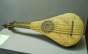 La guitarra en el siglo XI y XII