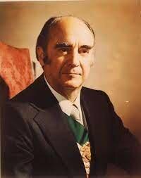 José López Portillo, presidente constitucional de los estados unidos mexicanos.