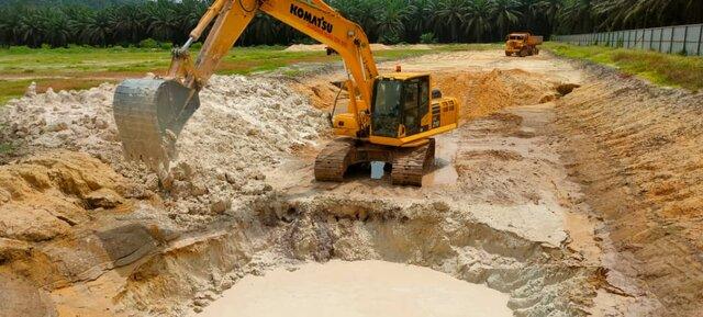 Lepar: Pit Holes Silica