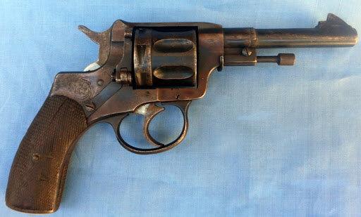 Arma de fuego (El Revólver)