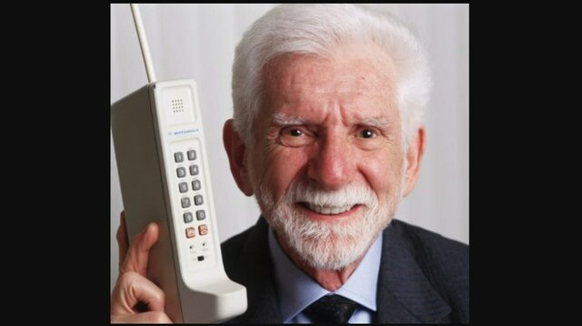 Primera Llamada Telefónica Desde un Móvil