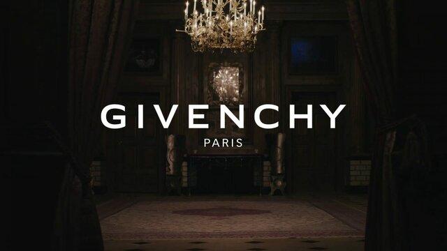 Adquisición Givenchy