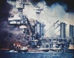 Japón ataco Pearl Harbor.
