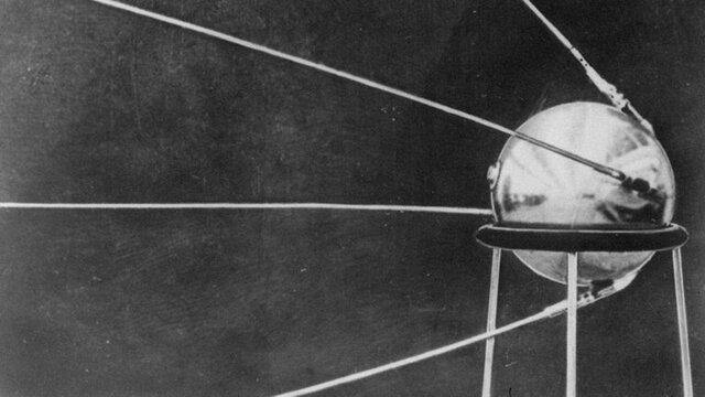 Primer satélite artificial Sputnik 1