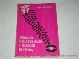 Se crea el Centro Nacional de Enseñanza Media por Radio y Televisión en España