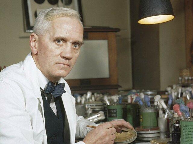 Alexander Fleming: Penicilina.