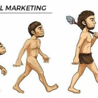 Datos históricos de la evolución del marketing. timeline