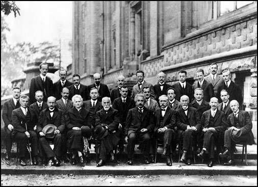 Bohr and Einstein Debate at the Solvay Conference