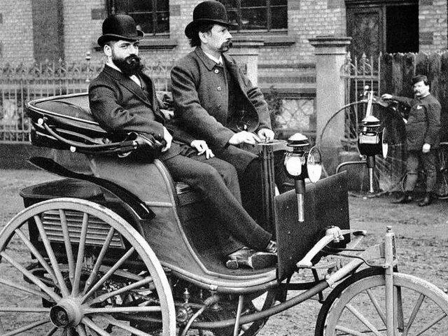 Primer Automóvil - Karl Benz