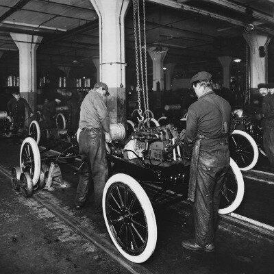 1908 – Modelo T