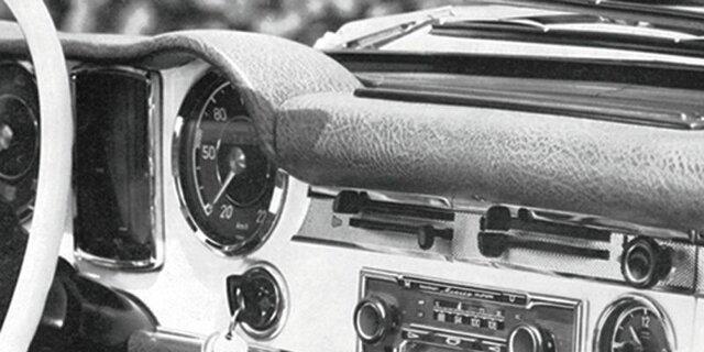 1930 – Radio