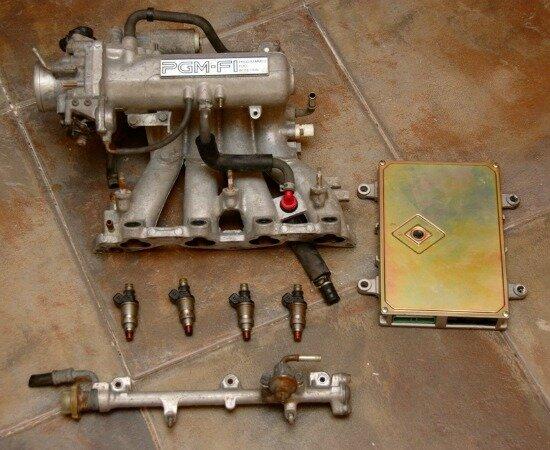 1982 – Inyección electrónica de combustible