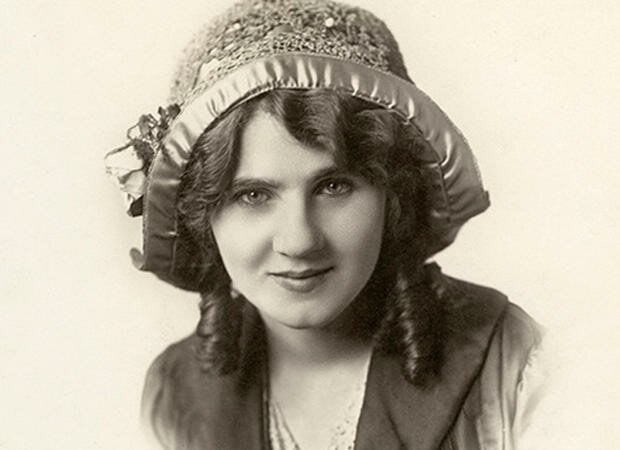 Florence Lawrence is the first movie star.