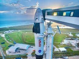 SpaceX first crewed mission