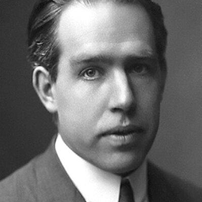 Niels Bohr: Oct 1885 - Nov 1962 timeline