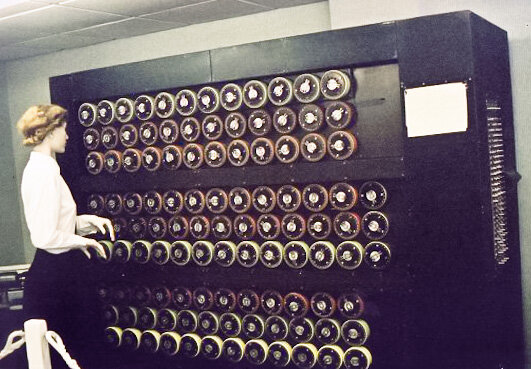 Se describe la maquina de Turing