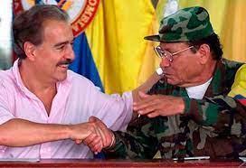 Visita de presidente Andrés Pastrana al máximo jefe guerrillero
