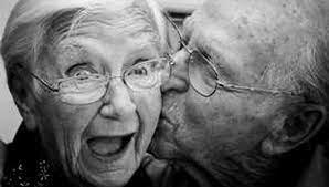 Día Nacional de la persona mayor y del abuelo.