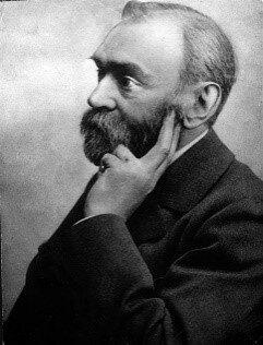 A. Nobel ebbe l'idea di causare una grande esplosione di nitroglicerina con una piccola quantità di polvere