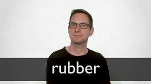 """J. Priestley conia la porola """"rubber"""" per identificare un pezzo di caucciù capace di cancellare la matita"""