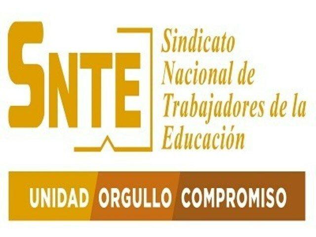 Se crea el Sindicato Nacional de Trabajadores de la Educación (SNTE)