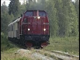 La primera línea de ferrocarril convencional electrificada fue en Suecia